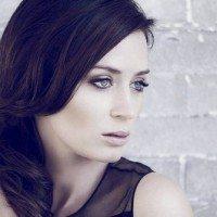 Emily-Blunt-24