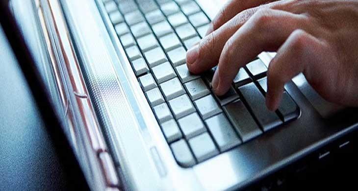 Bilgisayar-mi-Yoksa-Yazilim-Muhendisligi-mi-730x390 Facebook Neden Bir Ara Çok Popülerdi?