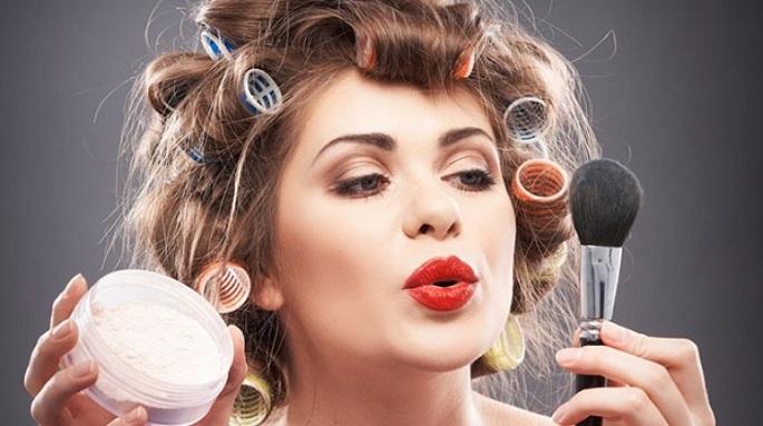 Daha Yaşlı Görünmenize Neden Olacak 4 Makyaj Hatası