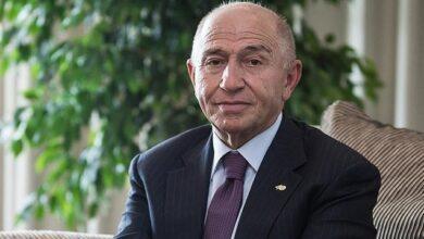 Photo of Nihat Özdemir
