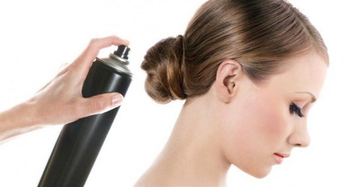 Saç Spreyi Zararlı Mıdır?
