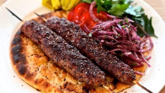 Adana Kebabı Tarifi (Videolu)