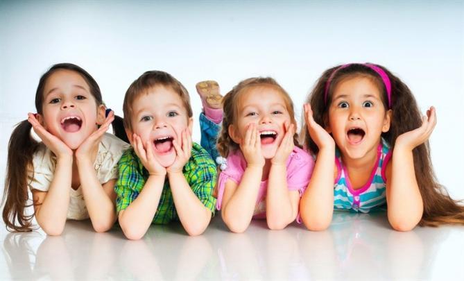 çocukluk Çocukluk Arkadaşı Denildiğinde Akla Gelenler