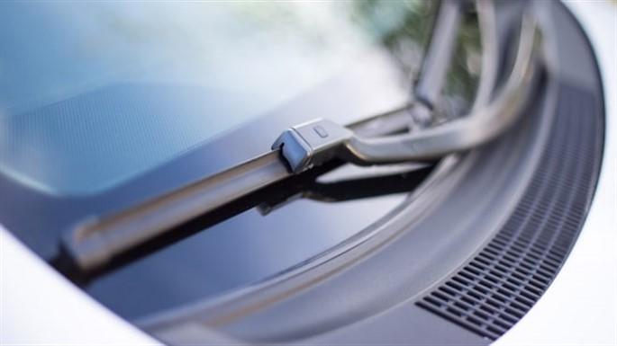 Arabaların Silecek Lastikleri Nasıl Değiştirilir?