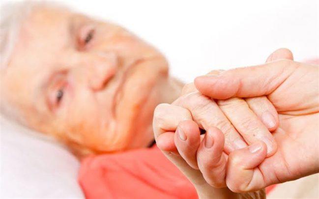 alzheimer hastalığı nedir? Alzheimer Hastalığı Nedir? Evreleri Nelerdir?