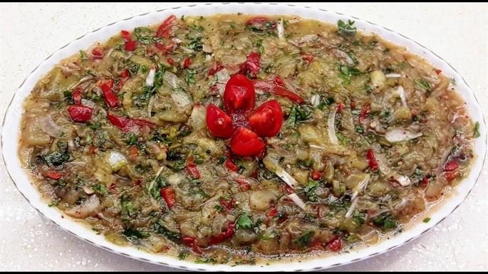 Patlıcan Salatası Tarifi (Videolu)