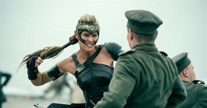 Wonder Woman Film Konusu ve Oyuncuları