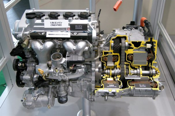 Hibrit Motor Teknolojisi Nedir? Nasıl Çalışır? Avantaj ve Dezavantajları Nelerdir?