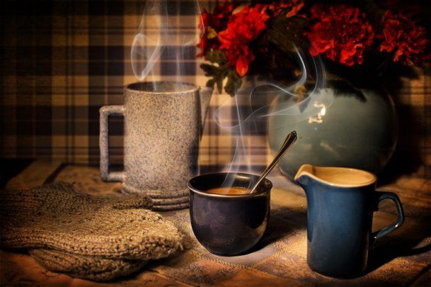 sıcak kahve Kış Mevsiminde Sevgiliniz İle Yapabileceğiniz 9 Şey