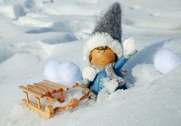 kar topu Kış Mevsiminde Sevgiliniz İle Yapabileceğiniz 9 Şey