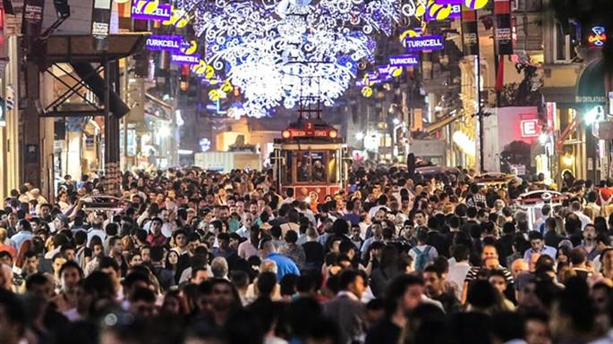 Yeni Yılda Görülen 9 Yılbaşı Klişesi Nedir?