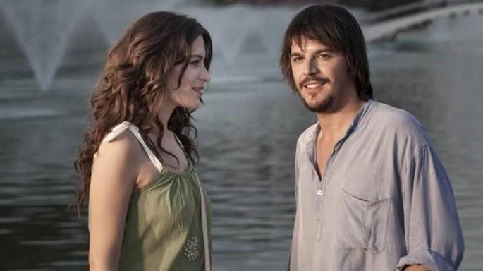 Aşk Tesadüfleri Sever Film Konusu ve Oyuncuları