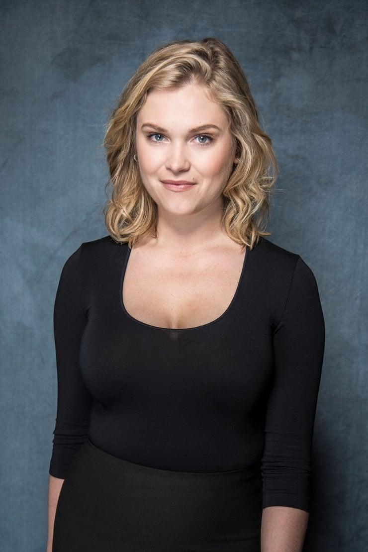 Eliza Taylor-Cotter Kimdir? | MaksatBilgi
