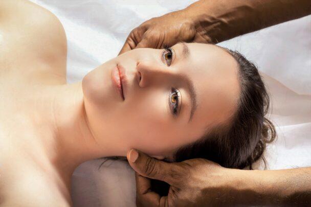 yüz yogası Göz Masajı Nasıl Yapılır?