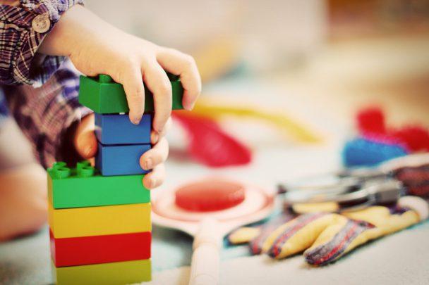 oyuncak seçerken nelere dikkat etmeliyiz? Oyuncak Seçerken Nelere Dikkat Etmeliyiz?
