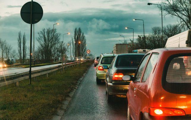 araba kullanırken dikkat edilmesi gerekenler Araba Kullanırken Dikkat Edilmesi Gerekenler Nelerdir?