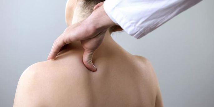 Donuk Omuz Sendromu, Belirtileri ve Tedavisi