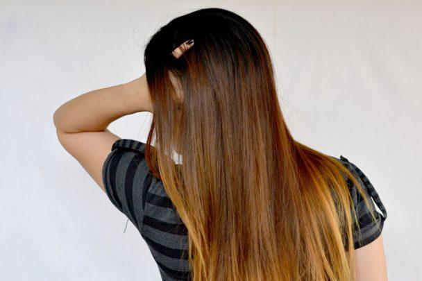 Boyalı Siyah Saç Nasıl Açık Renge Döner?